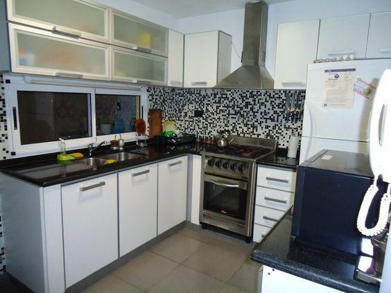 Otra alternativa para la utilizaci n de las venecitas la - Revestimientos cocinas modernas ...