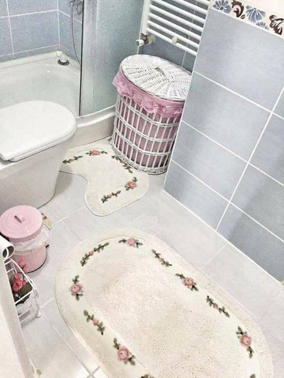 حمامات صغيرة في قمة الترتيب و الشياكة فقط بأفكار بسيطة لا تكلفك الكثير موقع يالالة Yalalla Com عالم المرأة بعيون مغربية Kids Rugs Decor Home Decor