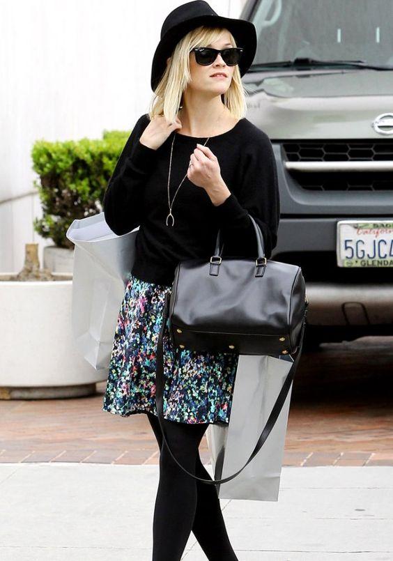 Reese Witherspoon (1,56 m) et ses nombreux accessoires