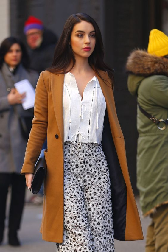 Adelaide Kane Arrives at Zimmermann Fashion Show... - Daily Actress