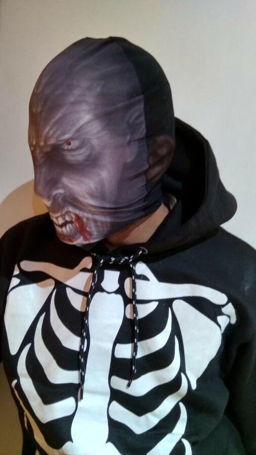 Incredible Black Eye Mask Novelty Giant Super Hero or Villian Bandit