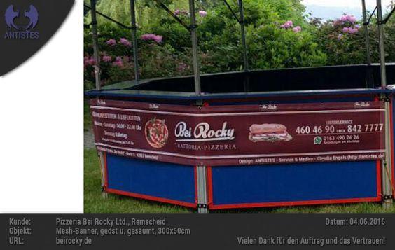 Design und Produktion eines Mesh-Banners, 300x50cm, geöst und gesäumt, für Pizzeria Bei Rocky Ltd., Remscheid