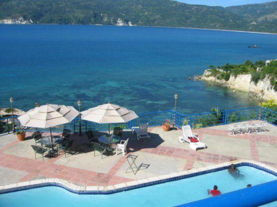 aaf2192f738474f5ab82f1e073b6b39d--haiti-beach-resorts.jpg