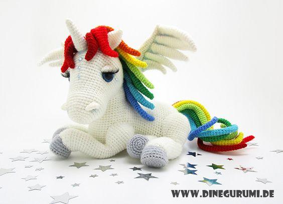 Häkelanleitung für ein Regenbogen-Einhorn mit Flügeln / magical crochet instruction: unicorn with rainbow hair made by Dinegurumi via DaWanda.com