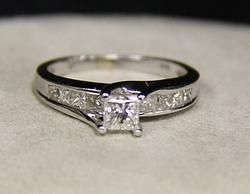 (21-00291-02) 14k White Gold 1.25 cttw Engagement