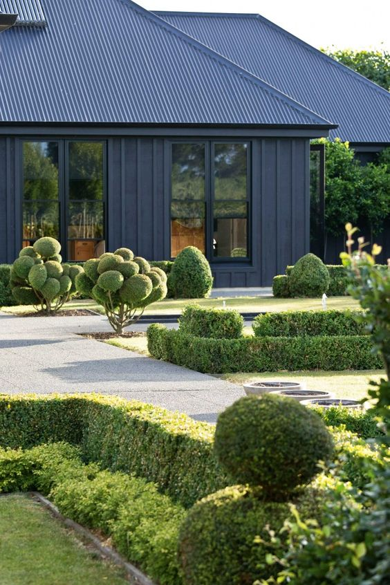 Hard To Believe That This Magnificent House And Garden Located In The Wairarapa Region Of New Zealand Owned By Landscape Designer