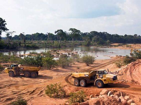 destruição da floresta para construção de Belo Monte