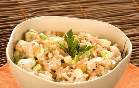 Salada de frango agridoce