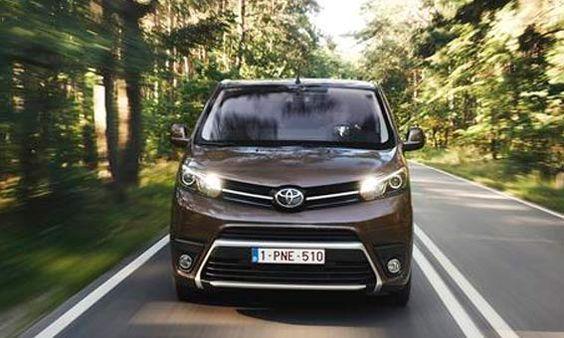 Toyota promociona PROACE VERSO y comercializa ya la versión comercial PROACE…
