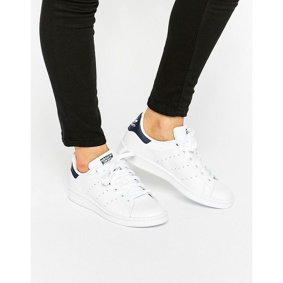 adidas Originals White And Navy Stan Smith Sneakers ($90) ❤ liked on Polyvore featuring shoes, sneakers, white, lace up shoes, white shoes, laced sneakers, adidas shoes and white trainers