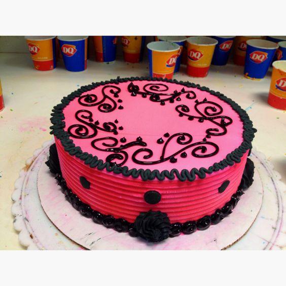 Dairy Queen Log Cake Designs : Dq cake cakes Pinterest Cakes