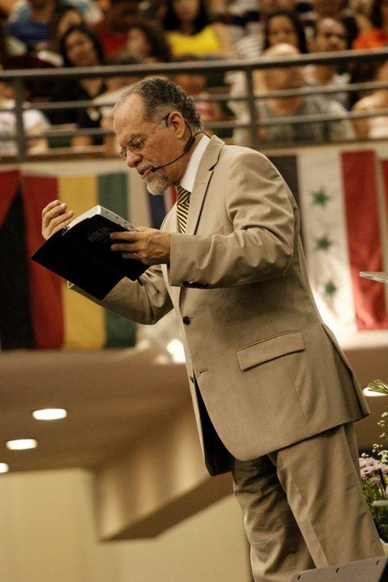 Comunidade Boas Novas - Crê no Senhor Jesus, e será salvo tú e a tua casa...: Colocando a casa em ordem