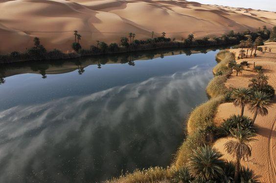 un oasis en Libia: Via, The Lake, Del Desértico, World, World