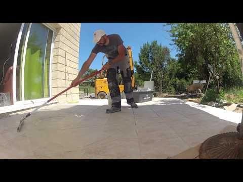 Poser Du Carrelage Sur Une Terrasse Youtube Poser Du Carrelage Carrelage Exterieur Piscine Piscine Exterieure