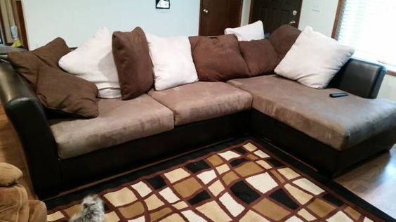 Selling my 2 tone sectional. Still has some new tags on it. Rarely used and is less than 3 months old. In excellent condition. No rips or tears. The pleather is in immaculate condition, cushions are...