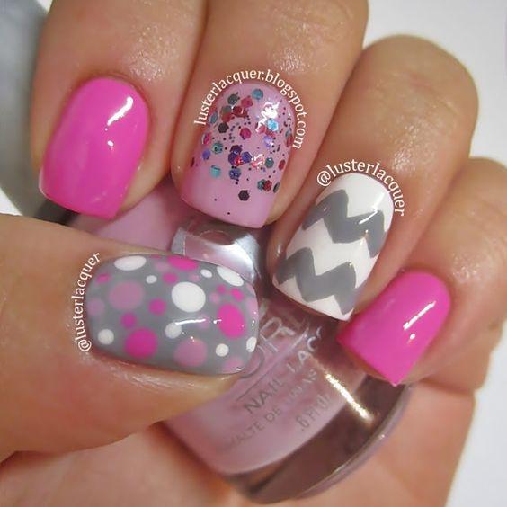 A purple scheme of chevron dreams. #nails #nailart
