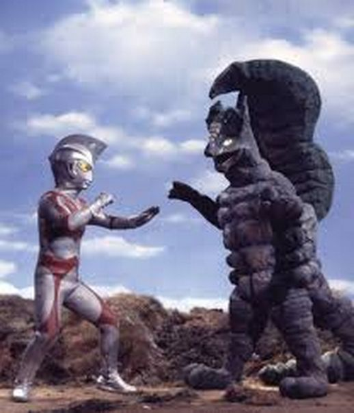 Ultraman Ace fighting Machres in the TV Show Ultraman Ace ...