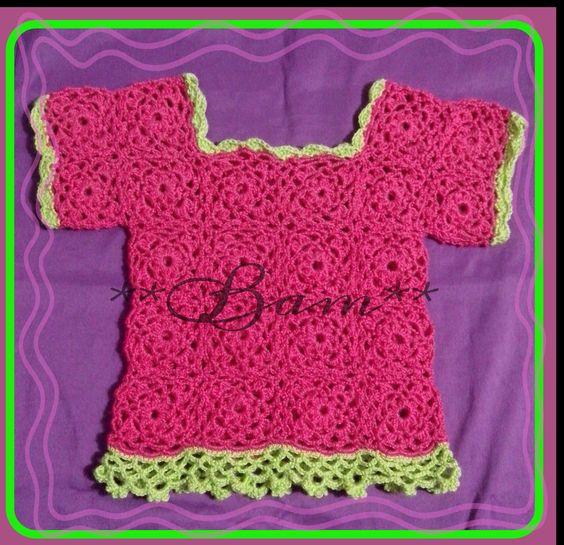 Polera veraniega para estos dias de calor, perfecta en #crochet, puntos calados, cuadritos y en hilo.... Bellisssssima!!!!