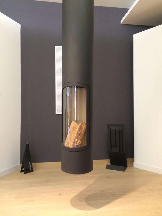 Foyer suspendu, poêle à bois , cheminée métallique Focus Slim de  ~ Foyer Suspendu Bois