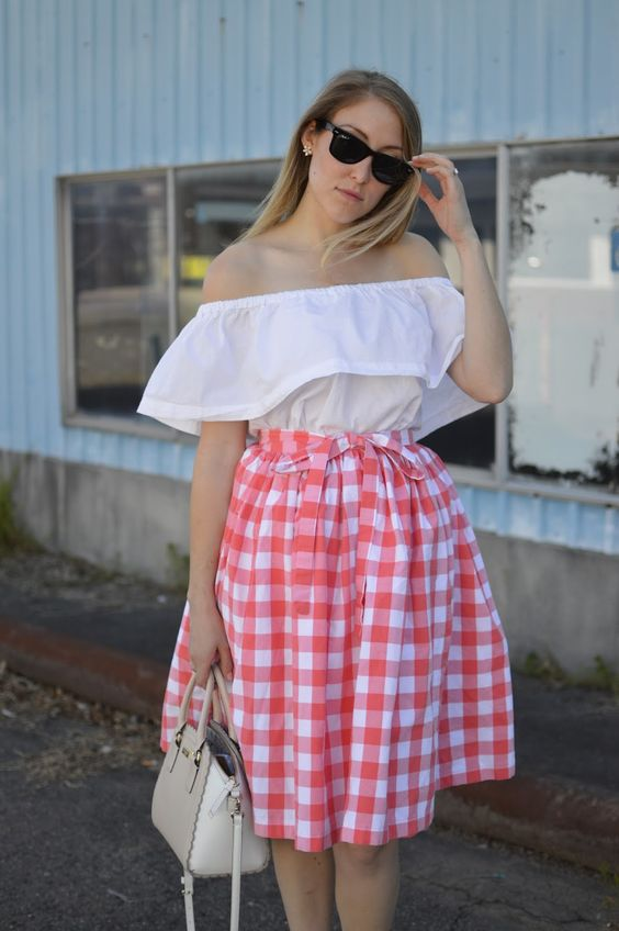 allie J.: DIY Gathered Wrap Skirt | alliemjackson.com
