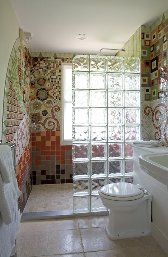 Hate the floor, loo and vanity-unit arrangement (uninspiring), but the Gaudi-esque walls (bit of a Klimt flavour in there too) and glass-brick partition are amazing