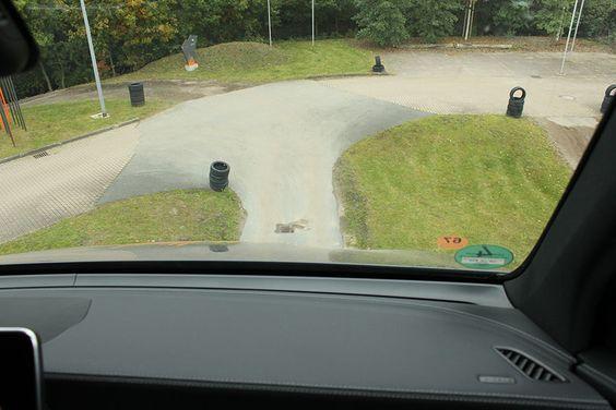 Oh, oh! Jetzt geht's abwärts.  http://blog.bremen-tourismus.de/the-rock/