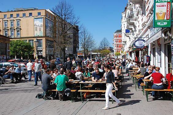 Piazza am Schulterblatt - Hamburger Szeneviertel Schanzenviertel. by christoph_bellin, via Flickr