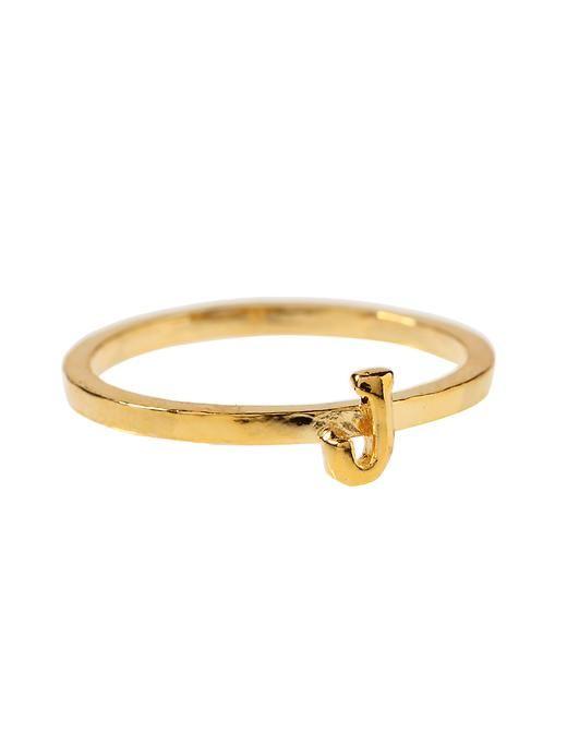 dainty rings.