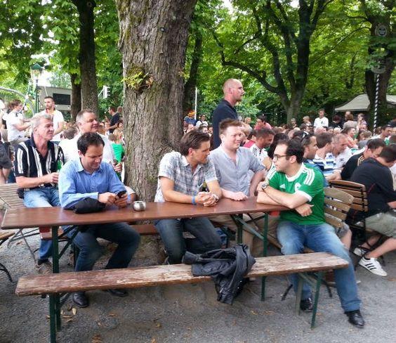 SEO Stammtisch Darmstadt, Public Viewing und SEO-Gespräche im Biergarten Darmstadt