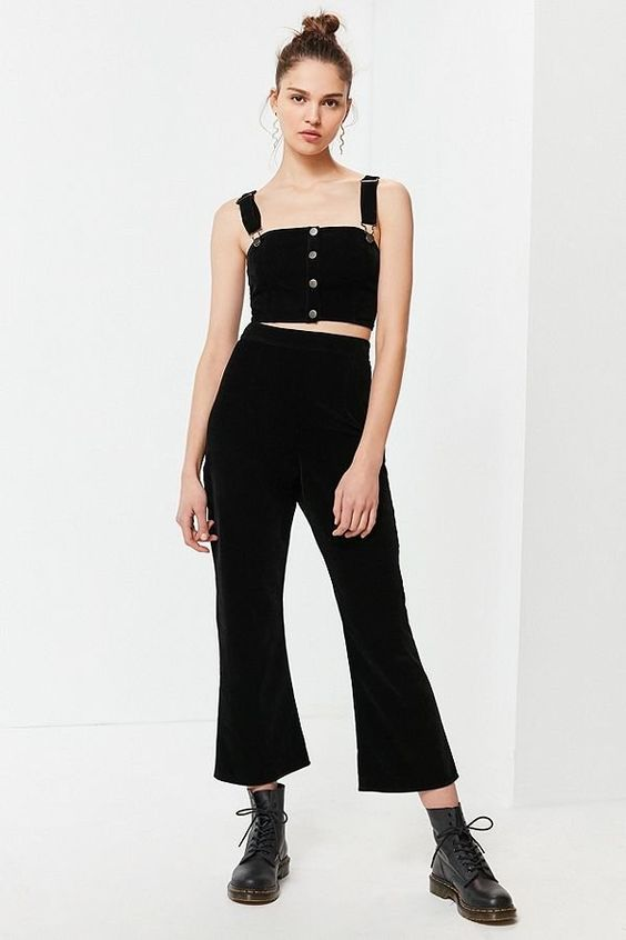Slide View: 1: UO Corduroy Cropped Flare Pant