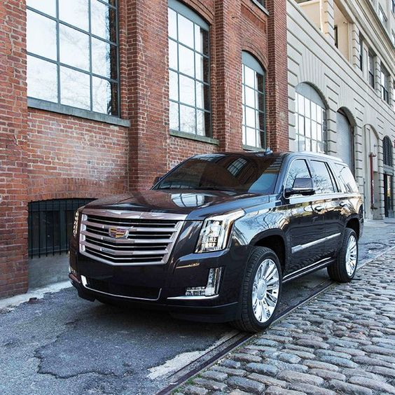 2016 Cadillac Escalade Car Review from KBB