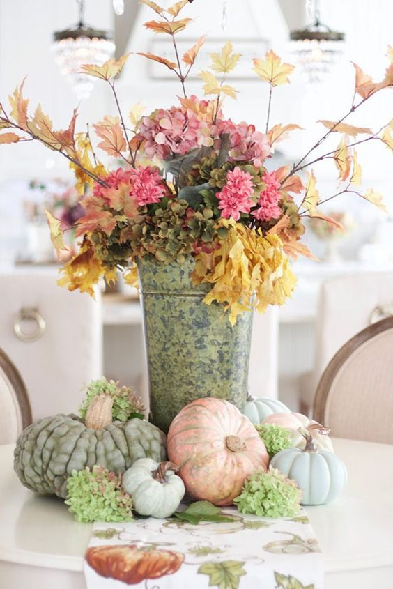 Beautiful French Country Fall Decorating Inpsiration From Pinterest Rustic Fall Decor Fall Decor Autumn Home