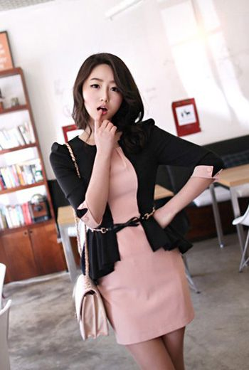 Corean Fake Two-Pieces Square Half Sleeve Black And Pink Mini Dresses.,Material: Rayon ,Style: Fashion ,Neckline: Square ,Sleeve Length: Half Sleeve ,Silhouette: Sheath ,Dresses Length: Mini