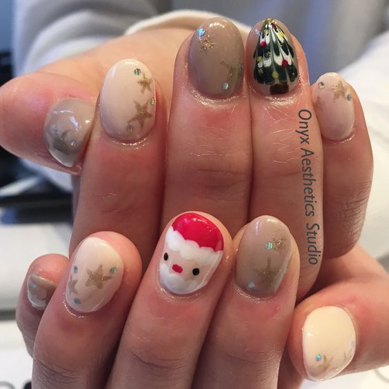 Christmas Nail Art #christmas #naildesign