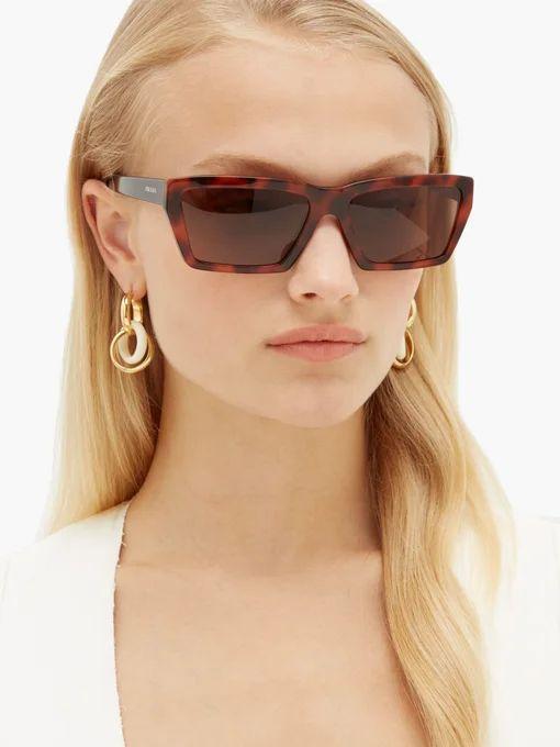 Rectangle tortoiseshell acetate sunglasses   Prada Eyewear    MATCHESFASHION.COM FR   Sunglasses, Prada eyewear, Tortoise shell sunglasses