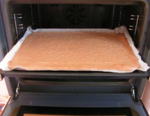 Biskuit (Grundrezept) - Rezept - ichkoche.at