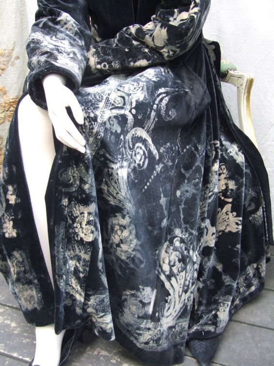 LISA. VELOURS NOIR. Manteau coton rayà ©. Ook par JARMOLOWSKA