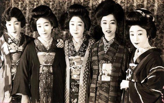 Yofu Gonin Onna - 筑波雪子 - Wikipedia