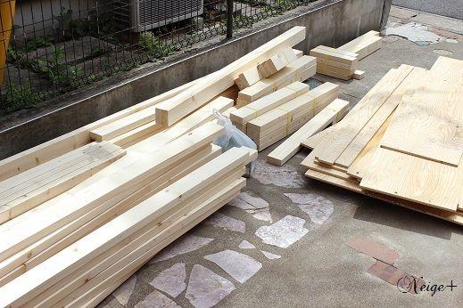 Diy小屋作り3 壁作り編 2 4材を使った壁を土台基礎に設置 小屋