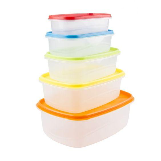 Los envases plásticos son menos pesados que los de vidrio, el problema es que suelen absorber malos olores, manchas y grasa difíciles de eliminar, por eso te queremos ayudar con unos pasos fáciles para limpiarlos.  Consíguelos aquí >> http://www.linio.com.ve/hogar/almacenaje-de-alimentos/
