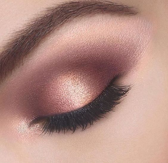 Rose gold and mauve eye shadow makeup