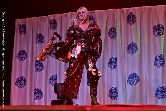 Check out these amazing photos of warhammer cosplay costumes.