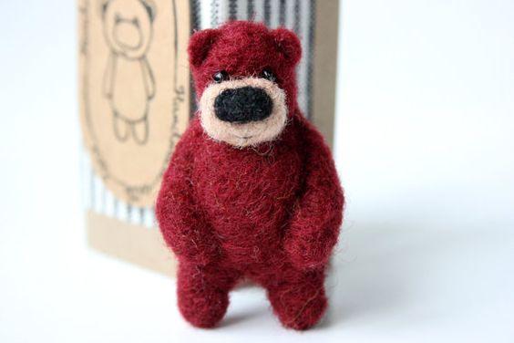burgundy bear brooch: Brooches, Red, Bears, Textiles, My Lolita Style, Burgundy Bear, My, Crafts