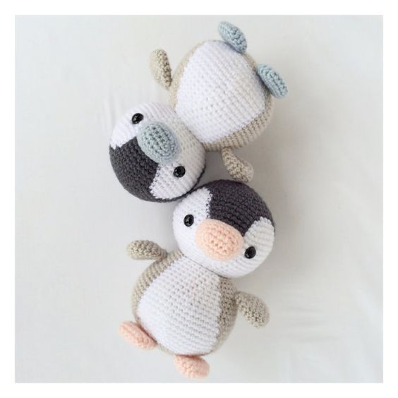 Crochet Penguin Stuffed Animal in Black White by YouHadMeAtCrochet. (Inspiration).