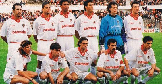 Isaías, Kennedy, Paulo Pereira, Mozer, Preud´Homme, Dimas; Cannigia, Paulo Bento, João Pinto, Veloso e Vitor Paneira.