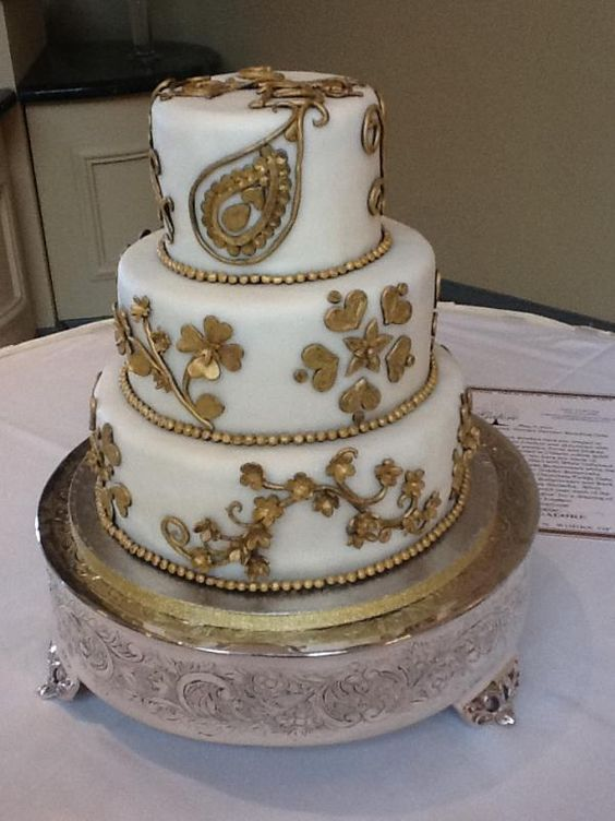 "This with red roses/ rose petals - ""Golden Persian Cake"" by Wedding Cakes Victoria"