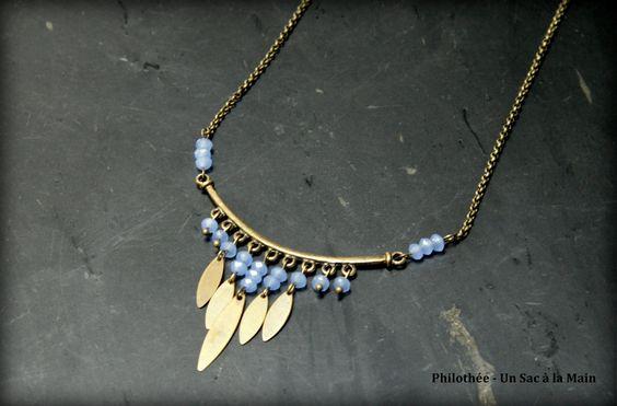 Collier plastron d'inspiration byzantine, cristal de verre et plumes : Collier par philothee-un-sac-a-la-main