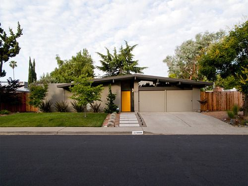 Eichler exterior home landscaping and paint colors for Eichler paint colors