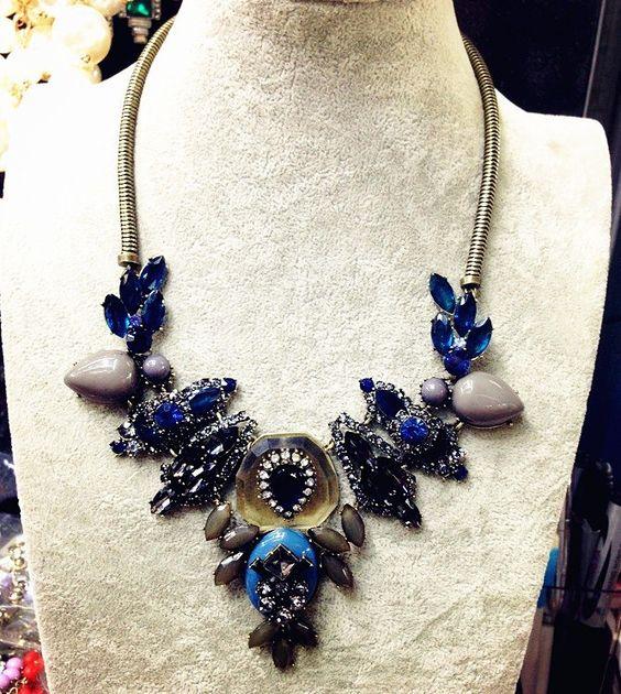Livraison gratuite de luxe #0037 chaîne de mode de cristal pendentif conception tour de cou bulle. bib chunky