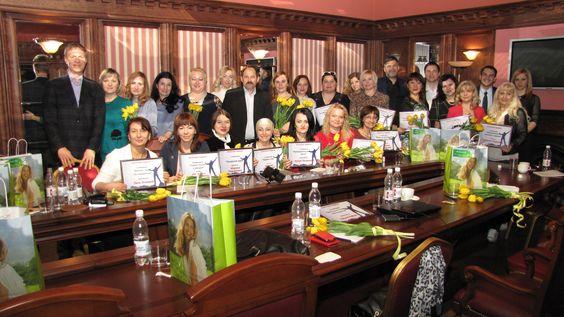 http://orifriend.ru/ А вот такие у насв краснодарском филиале  красивые и успешные лидеры!: